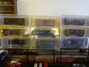 Lot of Nine HO Scale Kadee 8 Boxcars 1 Two Bay Hopper Used but Adult Owned Mint