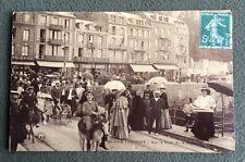 CPA. LE TREPORT. 76 - Sur le Pont de la Retenue. Ane. Félix Potin. Cafés. 1911.