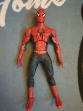 "Hombre Araña: la película-Poseable Spiderman 12"" - Edición Deluxe Articulado"