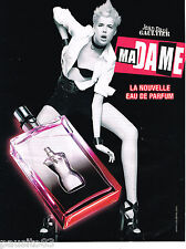PUBLICITE ADVERTISING 065  2010  JEAN -PAUL GAULTIER parfum MADAME AGYNESS DEYN