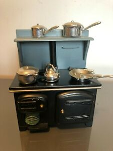 Dolls House Black/Blue Range Cooker with Pans (C3/07) SO