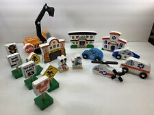 Melissa and Doug - Disney Mickey Mouse  Deluxe Wooden Vehicles 16 piece playset