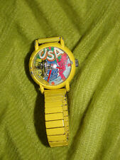 VINTAGE & COLLECTIBLE FLYING AIRCRAFT PLANE YELLOW METAL WRIST WATCH