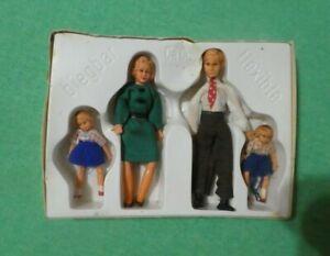 Vintage German Biegbar CaCo Flexible Dollhouse Doll Family