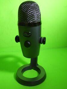 Blue Yeti Nano Professional Condenser USB Microphone ! BestBuy Store Demo A00098