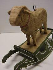 Christbaumschmuck Schaukel Schaf Pappe Masse Holz Sheep Figur um 1930 Nr.66