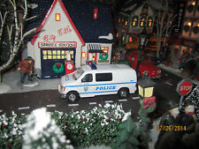 "TRAIN GARDEN HOUSE VILLAGE "" NYC POLICE VAN CRUSIER "" +DEPT 56/LEMAX CLUB INFO!!"