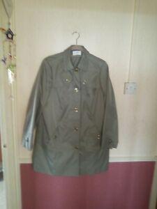 M&S green 3/4 jacket/Coat size 18
