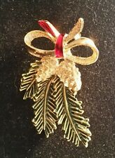 Gerry's - Vintage Gold-tone Enamel Holly Holiday Pin