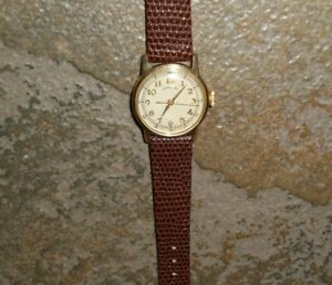 World War 2 Hamilton Military Wrist Watch , 987S Hacking, 17J,  Nice Shape