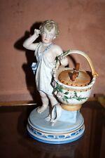 KPM Royal Berlin Putti au panier , porcelaine ancienne statue biscuit