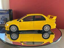 Mitsubishi lancer evo VII 7 street autoart 1:18 yellow