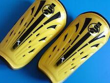 New Patrick PTX Football Soccer Shinpads Youths Size (M) Yellow / Black