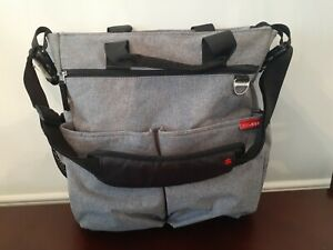 Skip Hop Messenger Diaper Bag Grey - new no tags Red inside pad included
