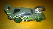 Voiture miniature Hot Wheels 70 Dodge Daytona verte