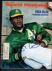 Vida Blue Signed 1972 Sports Illustrated Full Magazine JSA COA AUTO Autograph