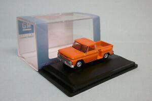 Oxford - CHEVROLET STEPSIDE Pick-up 1965 orange Voiture US Neuf HO 1/87