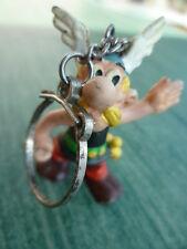 Série Astérix - rare  figurine Astérix DARGAUD 1974 montée en porte clef