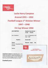 LES COMPTON ARSENAL 1931-1952 RARE ORIGINAL HAND SIGNED CUTTING/CARD