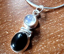 Moonstone and Black Onyx Pendant 925 Sterling Silver Cabochon Oval Round New