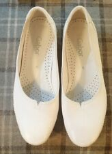 Gabor White Ballerina Leather Shoes Size 6 Worn Once