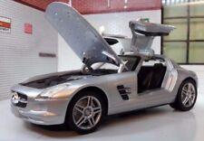 Voitures, camions et fourgons miniatures noirs GT pour Mercedes