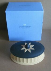 Wedgwood Jasperware Black & Cane Yellow Library Collection Oval Column Box