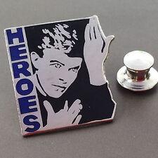 Pin's Folies ** Rare Enamel pin Badge Cinema Movie David Bowie Heroes