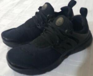 Nike Presto boys trainers size 3.5