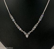 Natürliche runde Echtschmuck-Halsketten & -Anhänger mit Mondstein