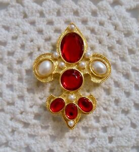 Vintage? Red Lucite Jeweled Faux Pearl Fleur De Lis Brooch Pin Gold Tone  A233