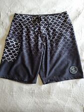 Da Hui~HAWAII Fish Scales Pattern Embroidered Logo Boardshorts SZ 36