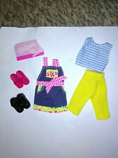 Barbie sisters Skipper and Stacie clothes & shoe's