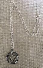 Sobrenatural Pentagrama Pentáculo Collar de tono plata, Bolsa De Regalo Gratis