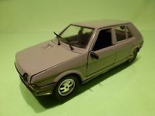 POLISTIL S679 FIAT RITMO 65CL - GREY  1:25 - GOOD CONDITION
