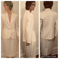 80's Ladies white wool Joseph A. Banks tailored skirt suit