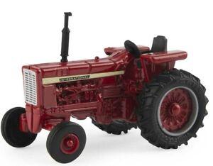 1/64 International Harvester Vintage Tractor