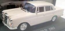 De Agostini 1/43 Scale 2710IR13 - 1965 Mercedes Benz 200D - Cream