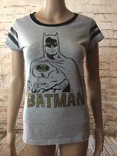 "Batman ""Batman Logi Distressed"" Girl's Junior"