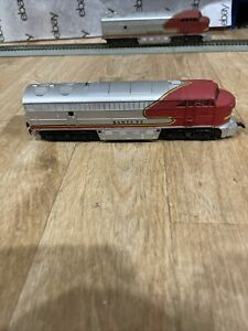 Vintage AHM Tempo HO Scale 5028 Santa Fe Diesel Powered Runs