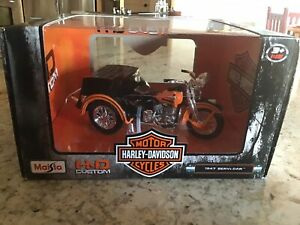 MAISTO 03179 HARLEY DAVIDSON 1947 SERVI CAR MOTORCYCLE 1:18 BLACK / ORANGE