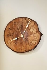 CANADIAN NATURAL WOOD-WALL CLOCK