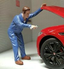 G LGB 1:24 Scale Mechanic & Spanner Under Bonnet Figure Garage Workshop Diorama