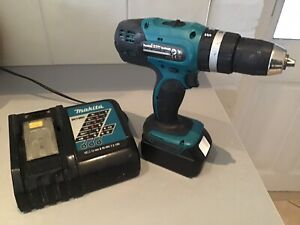 Makita DHP453 18v LXT Li-Ion Combi Driver Hammer Drill, Battery, Rapid Charger