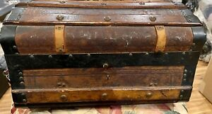 """Antique 14"""" French Poupee Bebe Wooden Leather Covered Trunk W/tray Best Ever!"""
