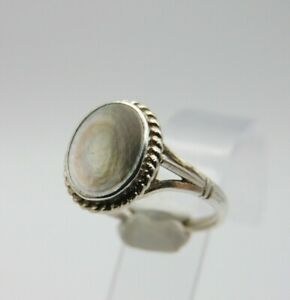 Mother Of Pearl 925 Silver Ring, size N