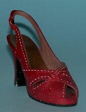"Just the Right Shoe, Raine, ""Pump It Up"" mixed media miniature # 25147 Coa Nib"