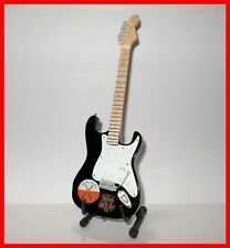 PINK FLOYD GUITARE MINIATURE The WALL! Collection David Guilmour Rock 70 Marteau