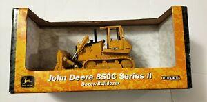New  Ertl John Deere 850C Dozer / Bulldozer 1:50 Scale  Die-cast Series ll NEW