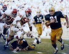 JIM TAYLOR GREEN BAY PACKERS FULLBACK IN THIS GREAT ACTION COLOR 8 x10 ! !